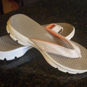 Skecher Gowalks